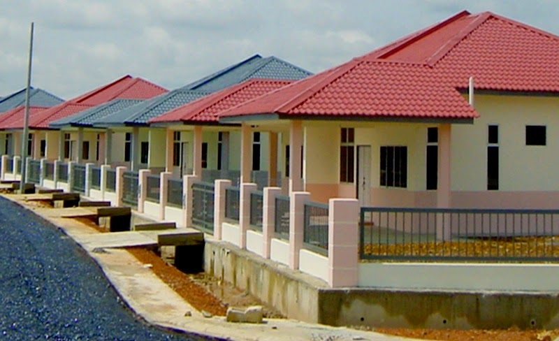 Sarawak not in favour of housing developers giving loans to house buyers, saying this could pose financial risks to the developers as the scheme may not be sustainable in the long-term.