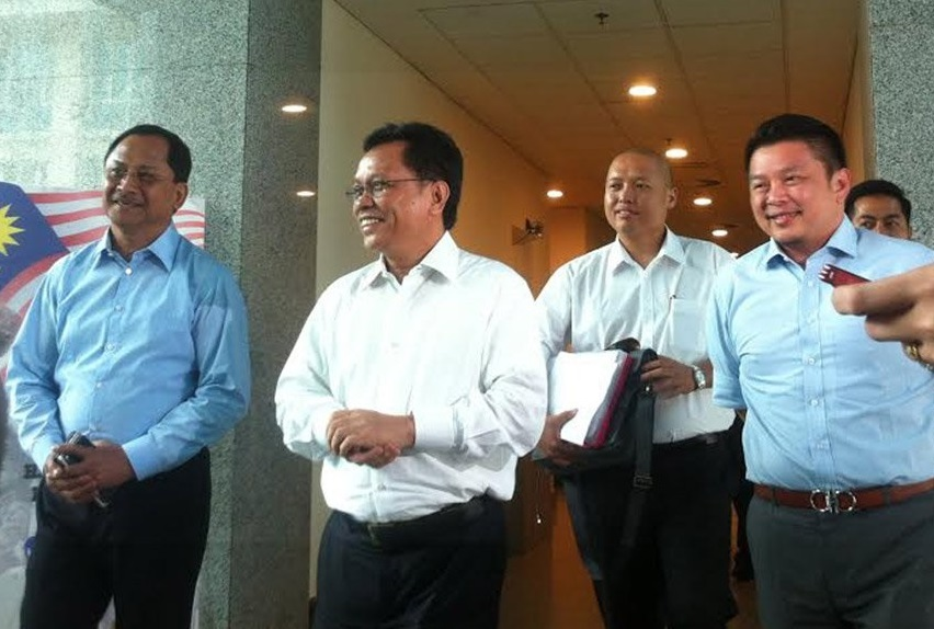 Shafie, second left, Darell, right, with Jaujan Sambokong of Sulabayan and Loreto Padua, a former LDP sec-gen before he was removed.