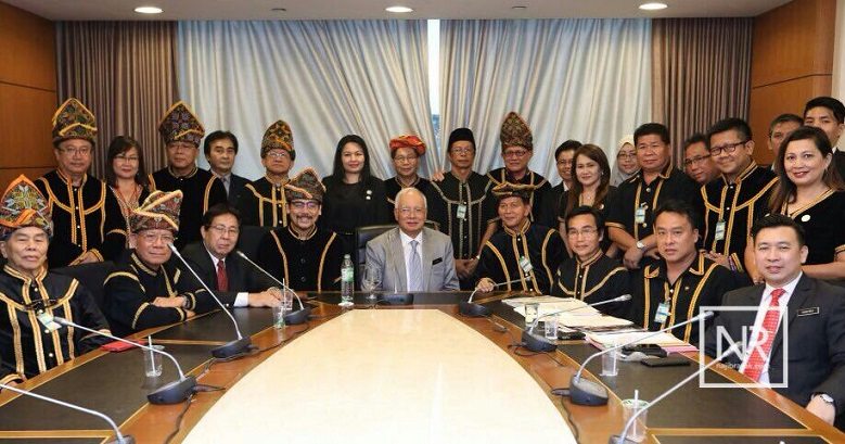 The KSS supreme council with Najib. Marcel Leiking is seen to the Prime Minister's left.