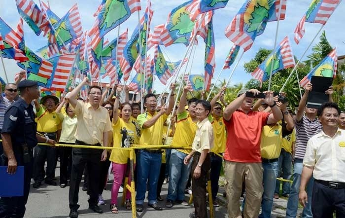 Flashback 2013: It's election fever in Sabah. The next general elections will either be multi-cornered fights between the BN and national as well as local opposition or will the electorate see an opposition pact.